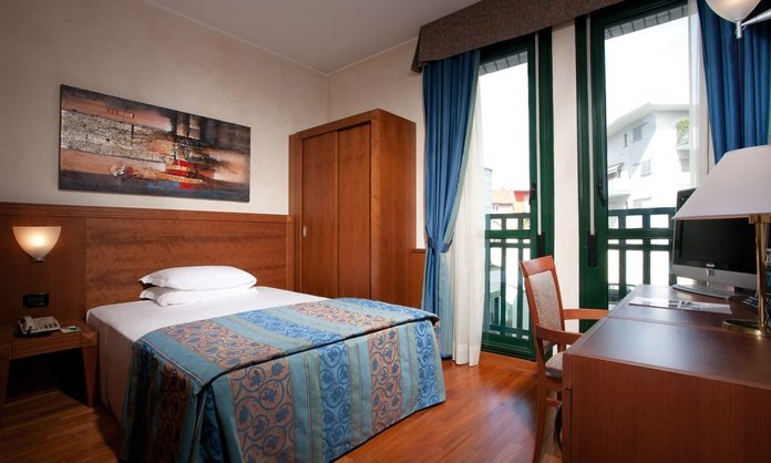 SINGLE ROOM Raffaello Hotel Milan
